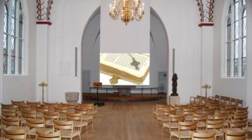 Historisk kirke trylles om til biograf